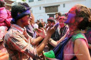 nepal holi kutlamaları