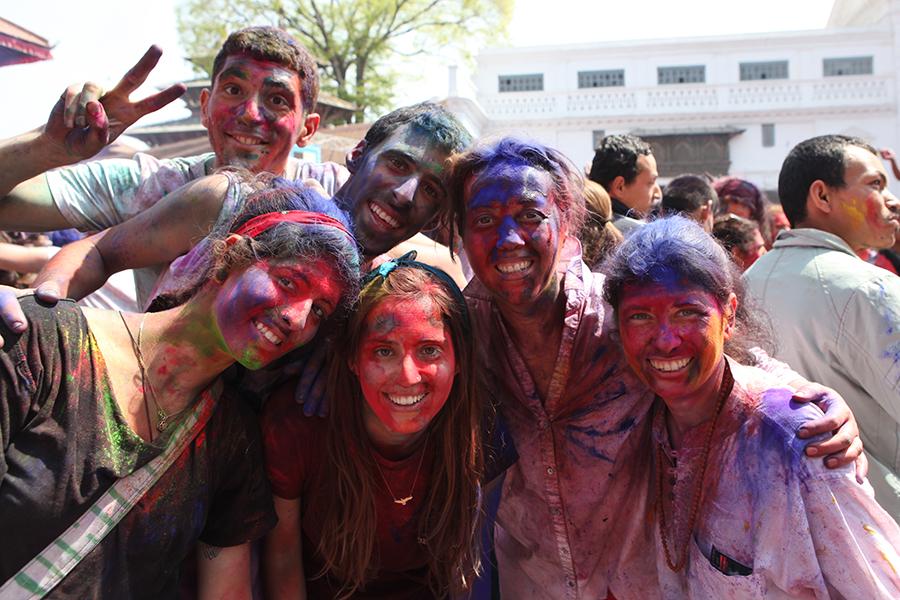 Nepal'de baharın gelişini simgeleyen Holi Festivalindeyiz.