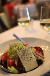 Greek Salatası, Yunanistan